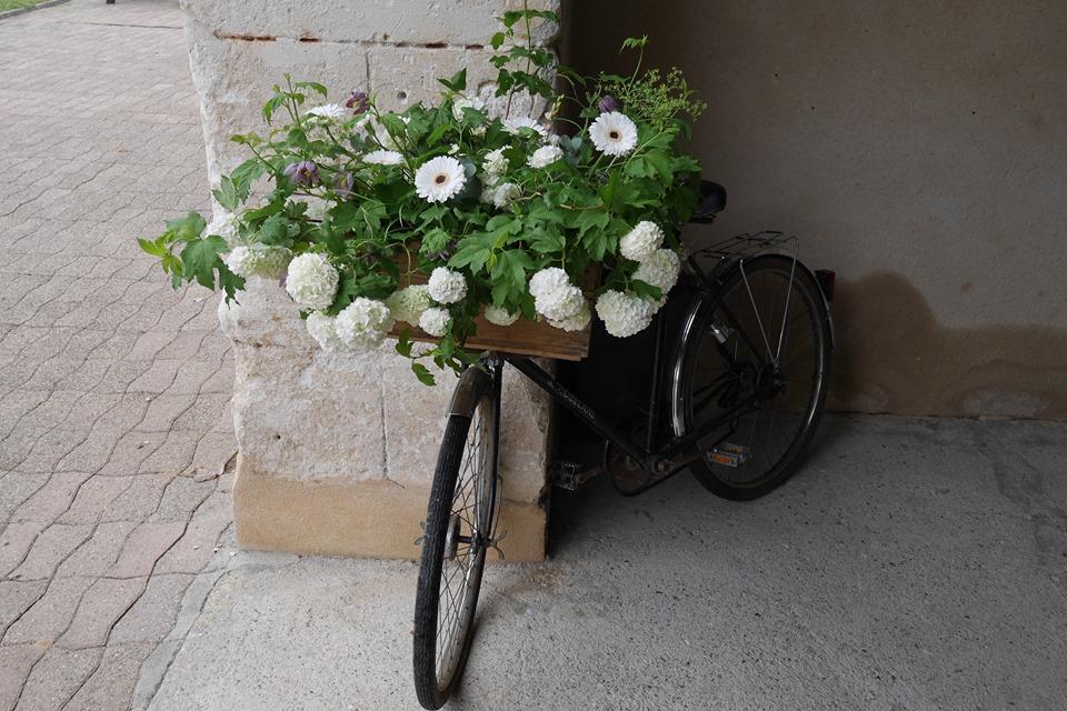 Vélo Fleuri pour Mariage